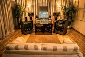 Buso Audio – Mobili studio custom