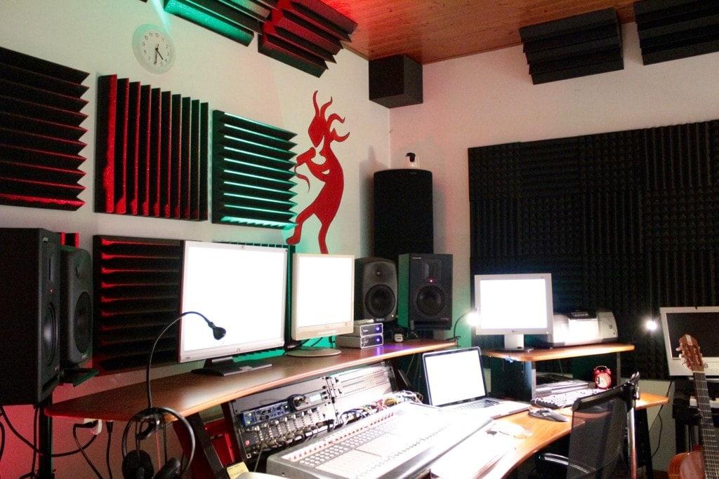 trattamento-acustico-studio-di-registrazione-tappeti-sonori-03-min