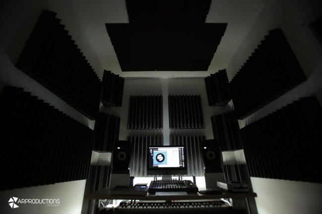 fonoassorbenti piramidali studio di registrazione