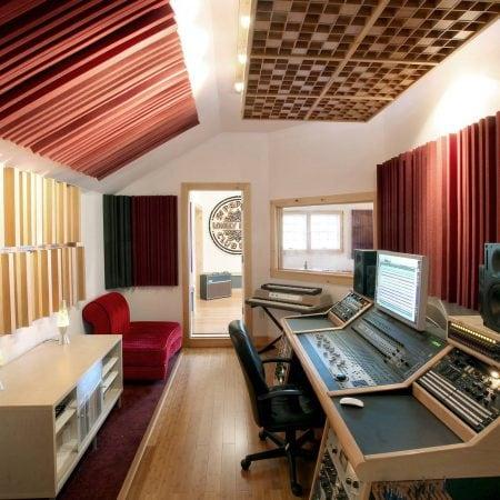 Trattamento acustico  del SOUNDCHECK REPUBLIC STUDIO – East Greenbush NY .