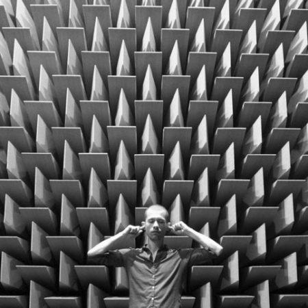 Differenza tra isolamento acustico e trattamento acustico