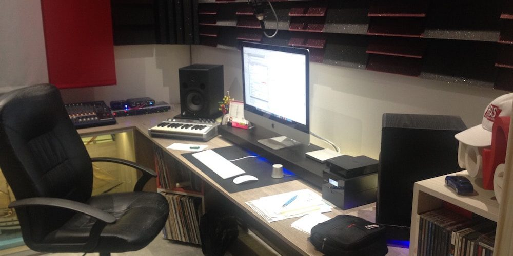 studio speaker radio doppiaggio