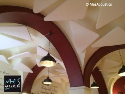 fonoassorbenti ristorante con soffitto a volta