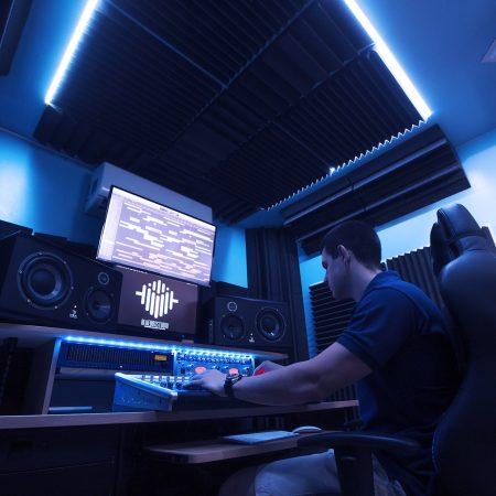 Trattamento acustico studio di registrazione  BlueBox Studio – Mestre (Venezia)