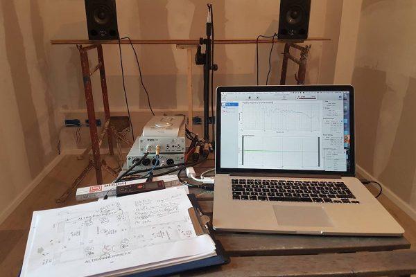misure acustiche studio di registrazione