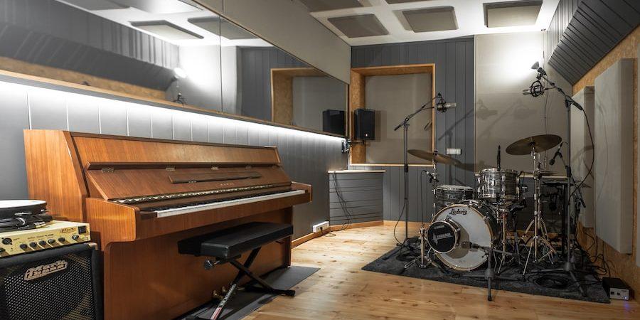 progetto acustico sala batteria